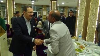 TOBB Başkanı Hisarcıklıoğlu, Diyarbakır'da evlat nöbeti tutan ailelerle bir araya geldi