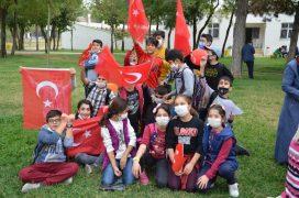 Minik kursiyerler Cumhuriyet Bayramını kutladı